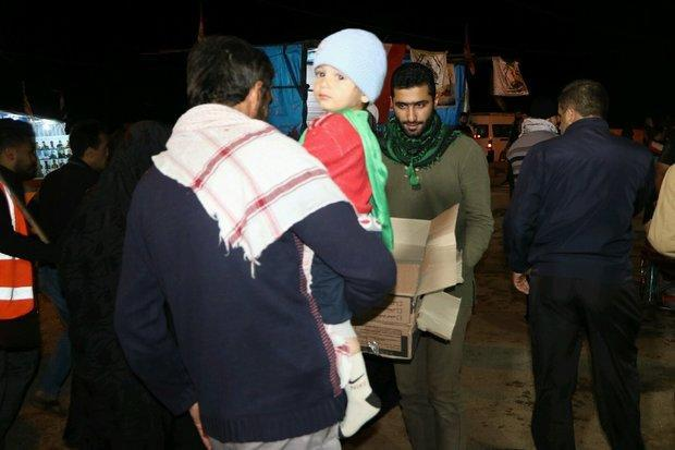 پذیرایی پیشوایی ها از زائران امام رضا(ع)، روزی1400غذا توزیع می گردد