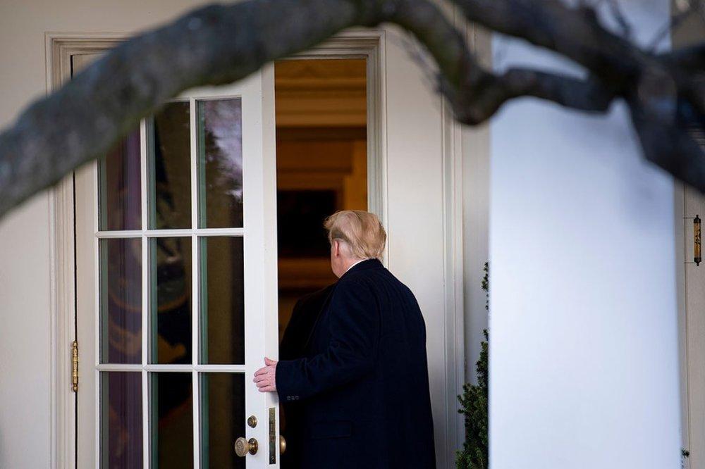 بازی دو سر باخت ترامپ بر سر بودجه دیوار مرزی