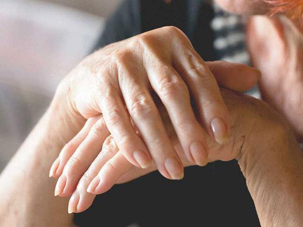 علائم پوکی استخوان و روش های درمان آن