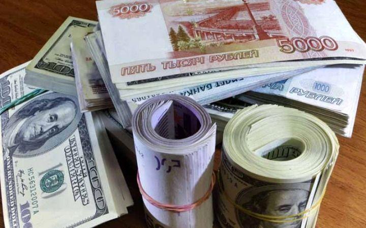 تضعیف ارز های ملی می تواند باعث جنگ ارزی در دنیا گردد