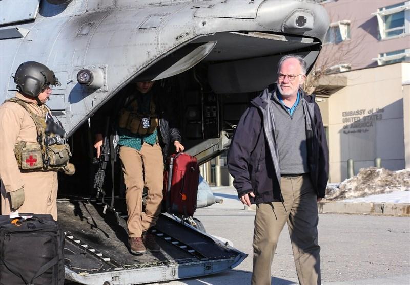 سرپرست موقت سفارت آمریکا راستا فرودگاه تا سفارت را با بالگرد طی کرد
