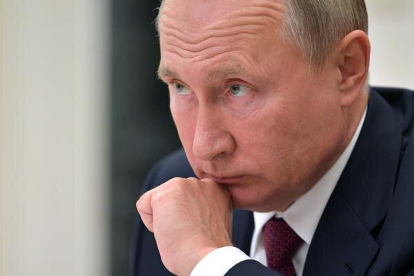 کرونا به دفتر پوتین رسید
