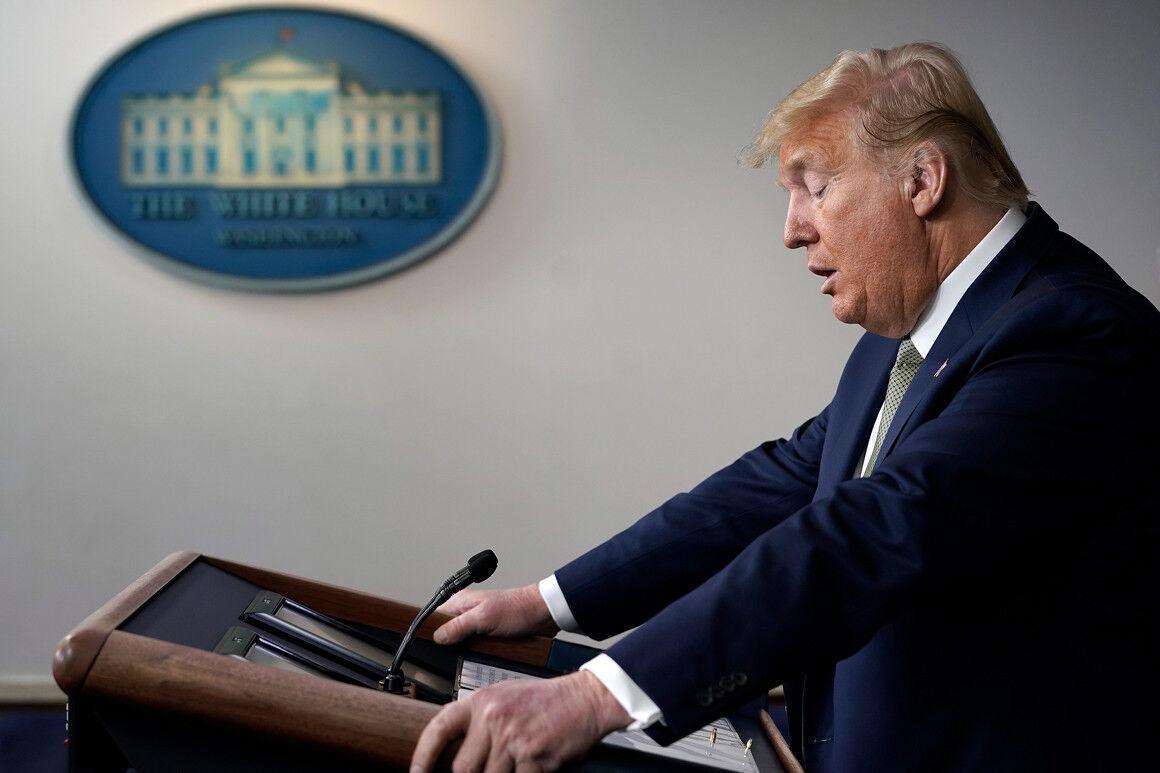 خبرنگاران نارضایتی 52 درصدی آمریکایی ها از عملکرد ترامپ در مقابله با کرونا