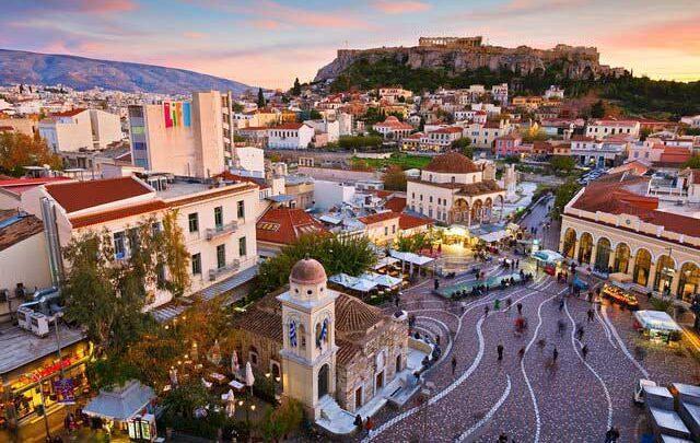 یونان ورود بعضی گردشگران را ممنوع نمود