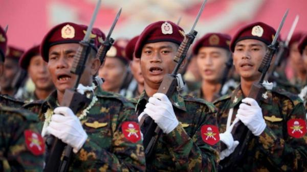 ارتش میانمار تمامی پرواز ها را تا ماه ژوئن تعلیق کرد