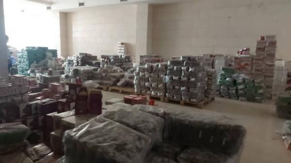 خبرنگاران بیش از 2 تن مواد غذایی احتکار شده در شیروان کشف شد