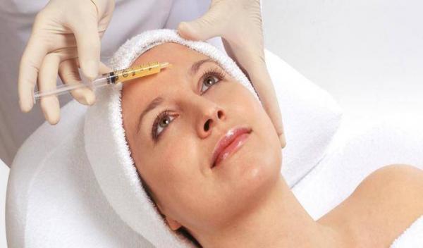 جوانسازی پوست صورت با متدهای جدید در کلینیک هلیا